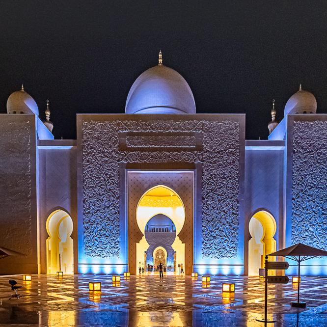 Abu Dhabi, Sheik Zayid Moschee
