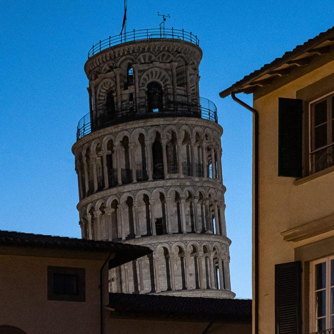 Pisa, Blick auf den Campanile aus der Stadt