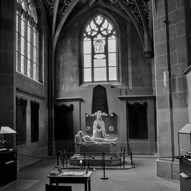 """Bern, Münster, Blick auf die """"Prager"""" Pieta"""